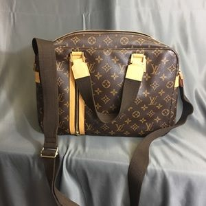 Louis Vuitton Sac Bosphore Monogram Shoulder Bag